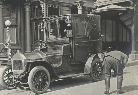 NYPL_taxi1896