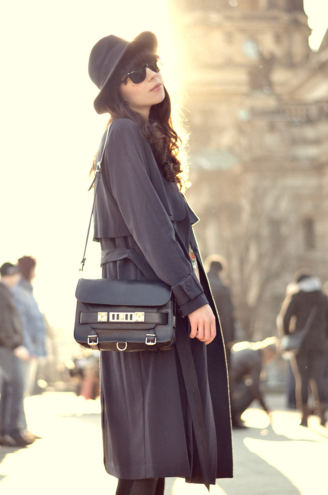H&M coat Proenza Schouler bag Sunglasses look 9