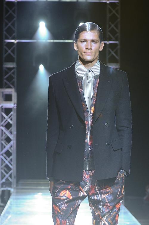 FW13 Tokyo yoshio kubo056_Andrey Zakharov(Fashion Press)