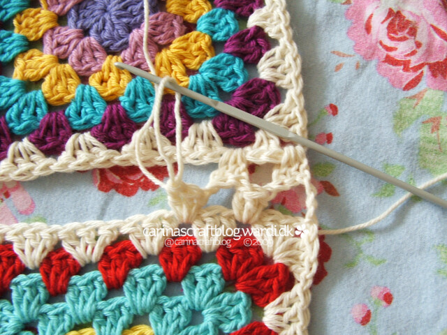 Crochet tutorial: joining granny squares 15