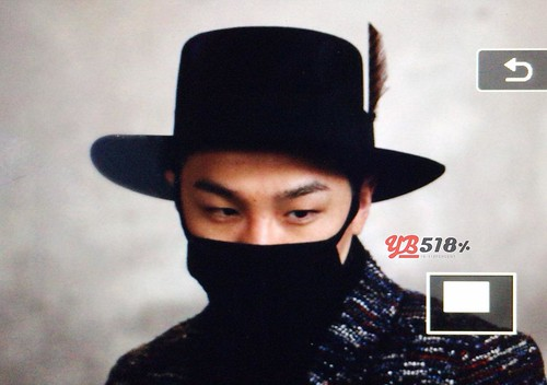 Big Bang - Incheon Airport - 22mar2015 - Tae Yang - YB 518 - 03