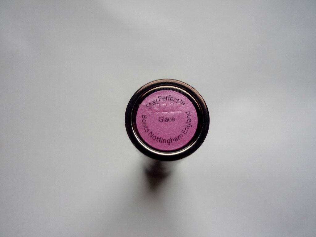 No7_Stay_Perfect_Lipstick_'Glace' (2)