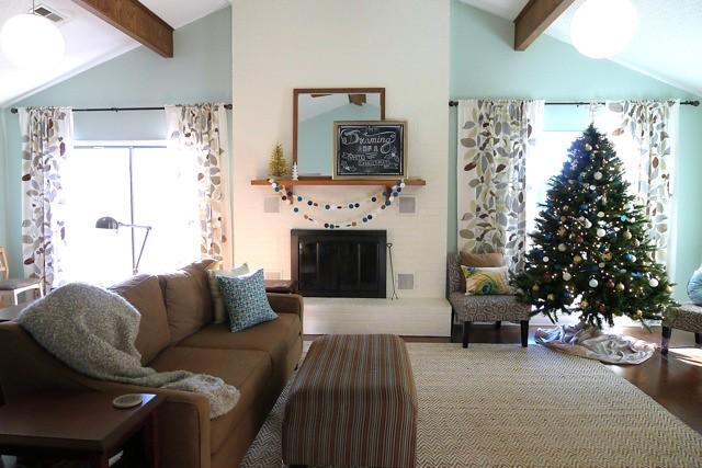 Living Room Xmas '12