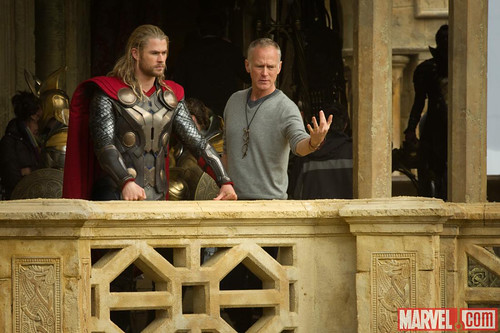 THOR-DARK-WORLD-ON-SET