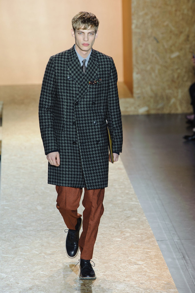 FW13 Paris Paul Smith002_Baptiste Radufe(fashionising.com)