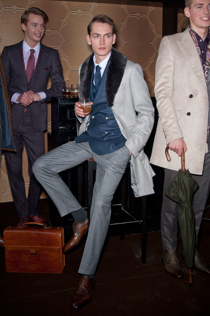 Jakob Hybholt4081_FW13 Paris Smalto_Linus Gustin(fashionising.com)