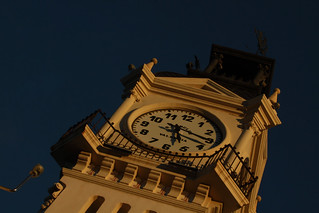 Edificio del Reloj a sol poniente