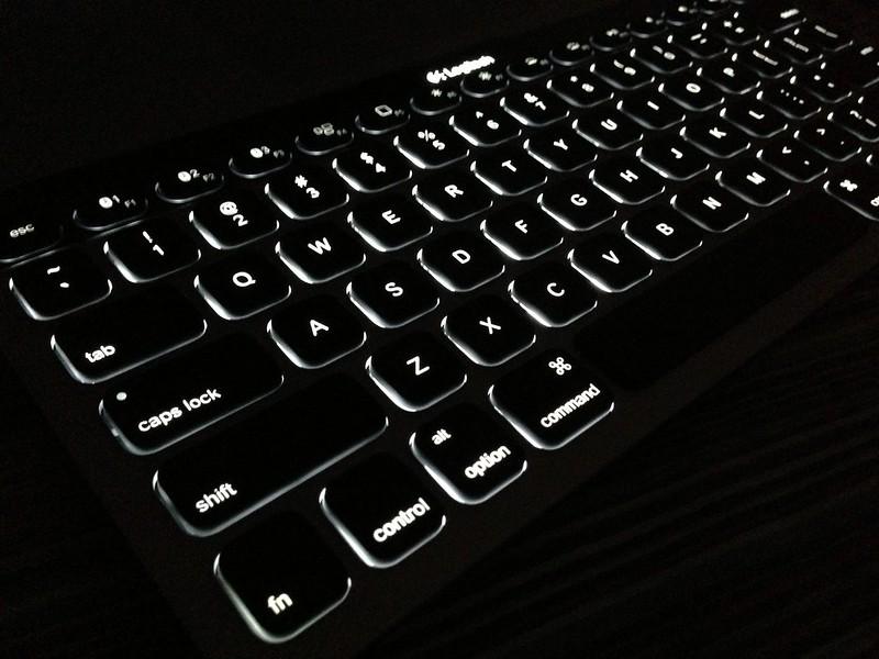 Logitech Bluetooth Easy-Switch Keyboard - Illuminated Keys