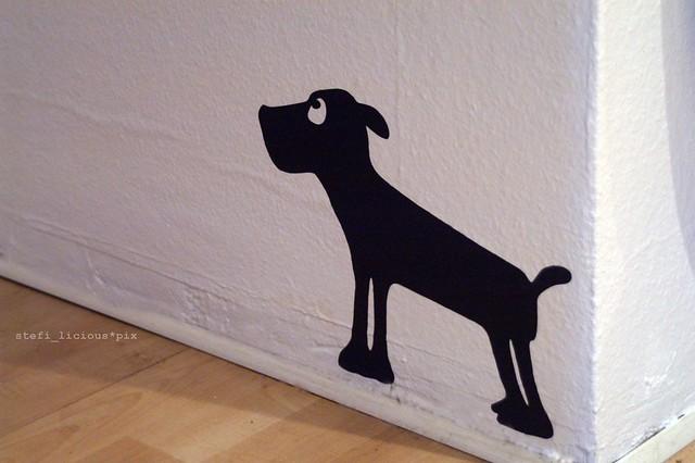 wall_dog