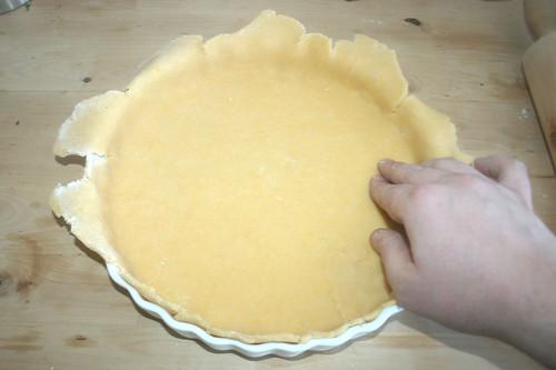 29 - Teig einpassen / Adjust dough