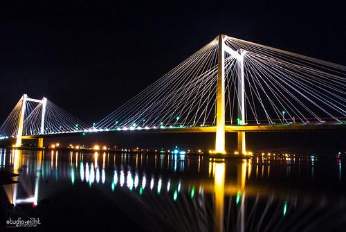 longexposure nightphotography bridges columbiariver pnw cablebridge kennewick pasco tricities easternwashington edhendlerbridge bentoncity nikon1j1 rachelsamanyi sarairachel jitabebe