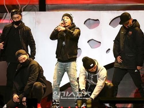 Taeyang-Rehearsals-GoldenDisc-20150114-3