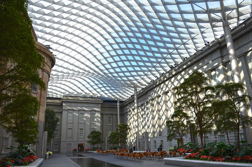 Kogod Courtyard - northeast corner and floor - Smithsonian American Art Museum - 2013-01-04
