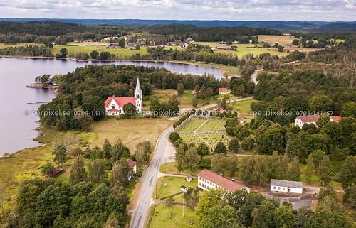 3 sverige skola kyrka kalv swe västragötaland hestra flygfoto uddarp
