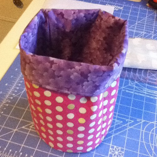 First of many fabric buckets! Thanks @filminthefridge for the tut!