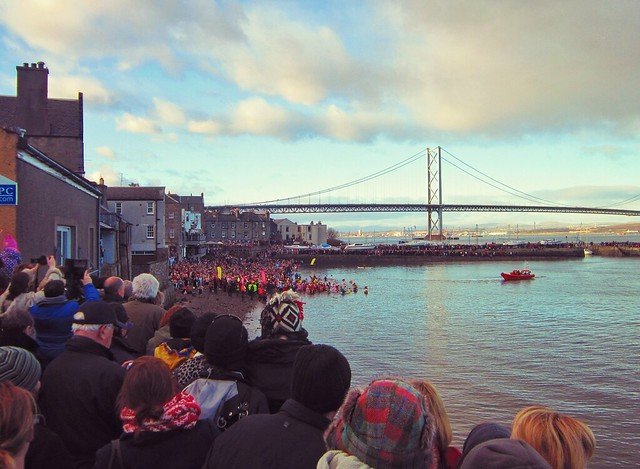 Loony Dook at Queensferry