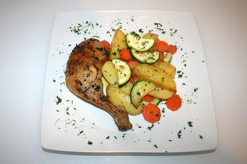 34 - Hähnchenschenkel mit Ofengemüse / Chicken legs with oven vegetables - Fertiges-Gericht