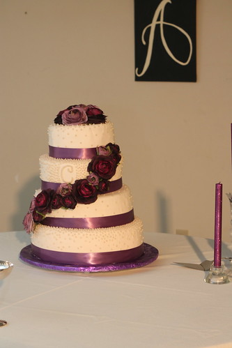 Taylor and Drews wedding cake