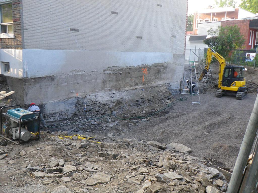 Fondation en sous uvre excavation sans levage gesco for Fondation agrandissement maison