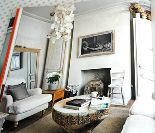 Flea market chic, the thrifty way to create a stylish home by Liz Bauwens and Alexandra Campbell
