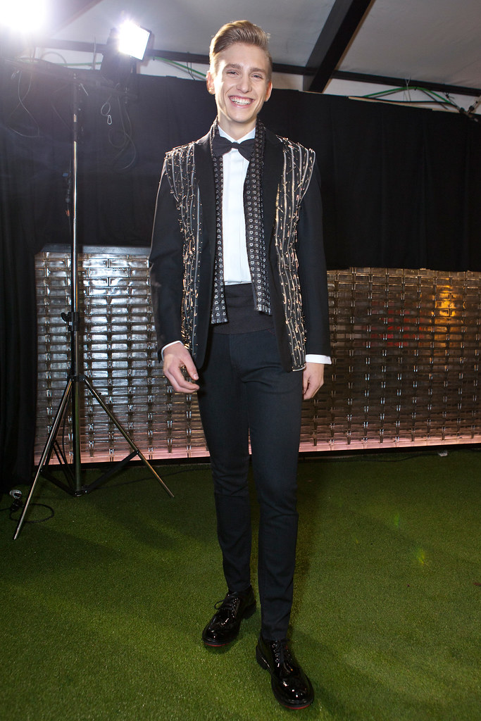 Jeroen Smits3006_FW13 Milan Moschino(fashionising.com)