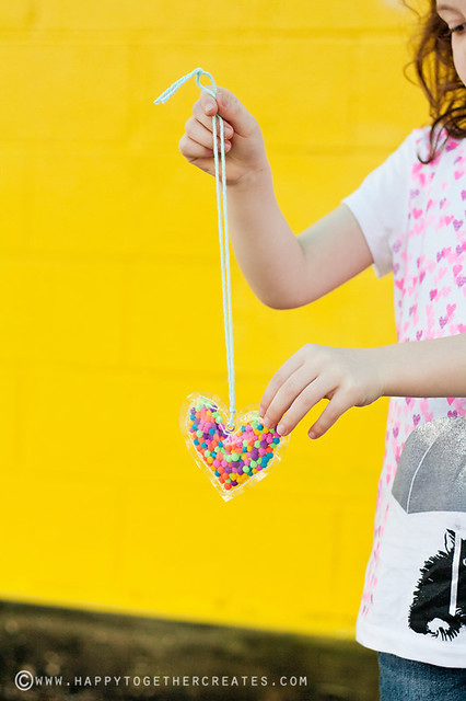 Pom Pom Heart Necklace diy