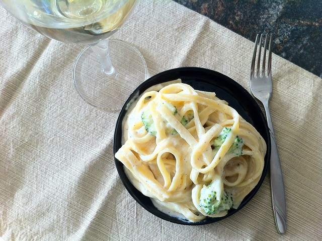 Fettuccini Alfredo with Broccoli Overhead