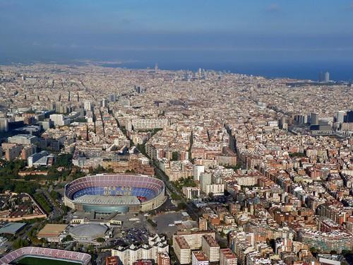 Vista del Camp Nou desde el aire (En helicóptero por Barcelona)