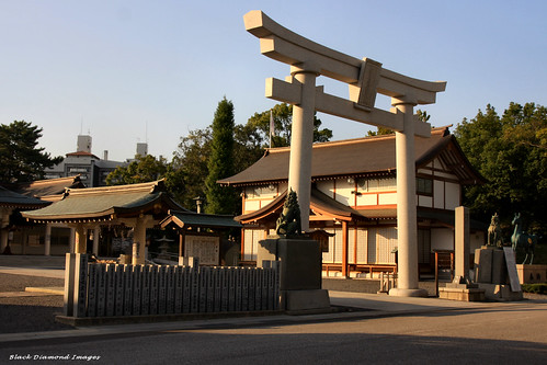 japan shrine hiroshima shintoshrine toriigate hiroshimacastle hiroshimagokokushrine 16thoct2010