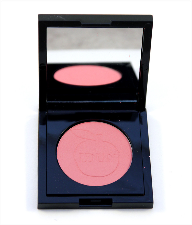 IDUN hallon pressed mineral blush
