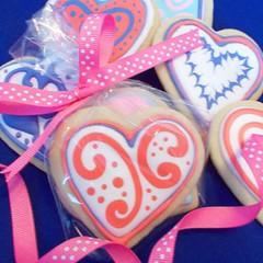 heart, food, icing, dessert, pink,
