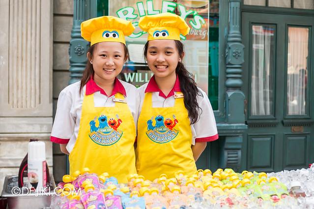Sesame Street Character Breakfast at Universal Studios Singapore - Friendly Breakfast crew