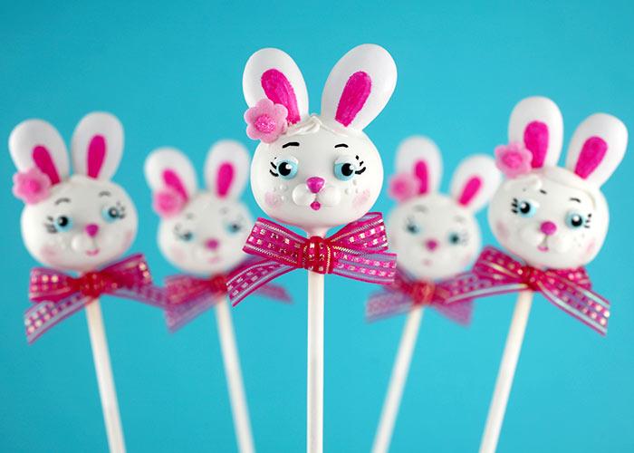 Bunny Cake Pops   bakerella.com