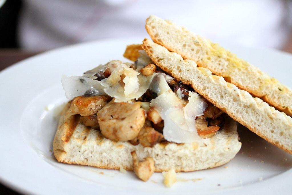 Kith Cafe: Chicken Sandwich