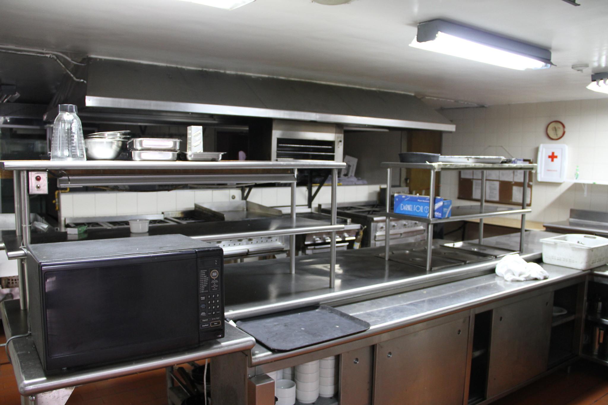 Cocina profesional para banquetes flickr photo sharing for Cocina profesional