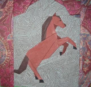 2b Tanzendes Pony