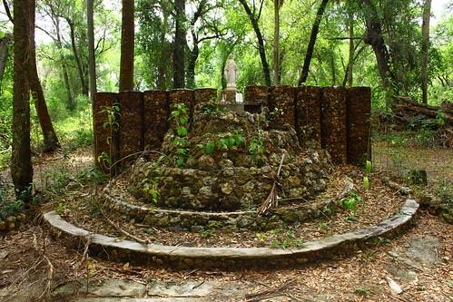 shrine ruin saintannesteannedeslacslakewalesoldfloridafloridahistorysaintannesshrinecatholic