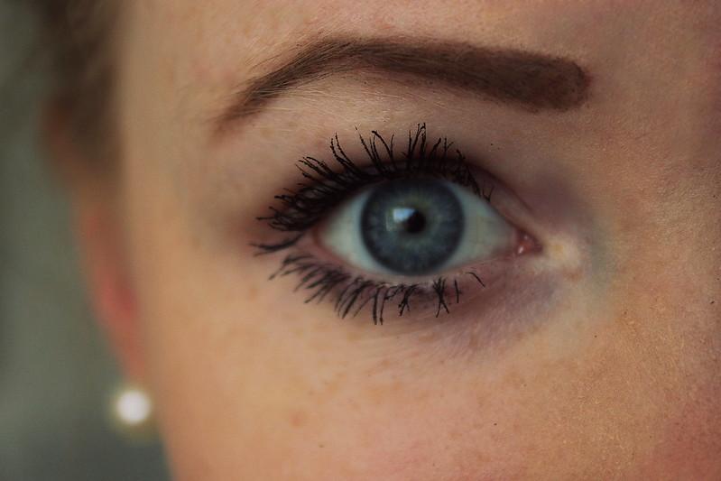 eye 064
