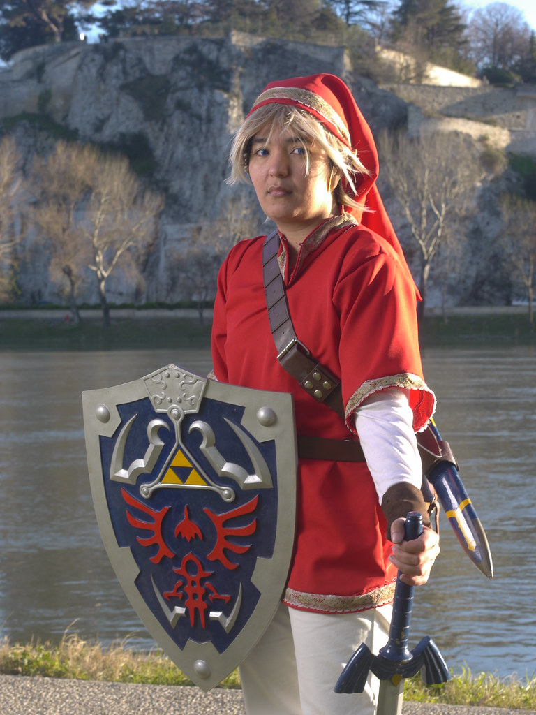 related image - Shooting Red Link - Avignon - 2013-01-03- P1520560