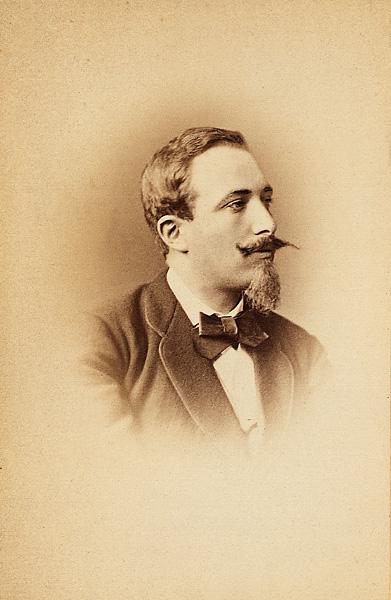 James Jackson en 1872 fotografiado por Hippolyte Délié & Émile Béchard © BnF, département des Cartes et Plans, Société de géographie, Sg P 323