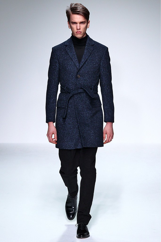 FW13 London Mr. Start001_Isaac Ekblad(GQ)