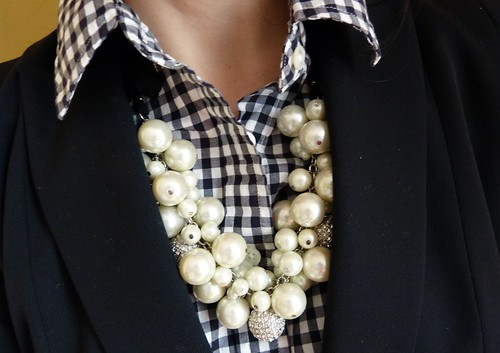 gingham & pearls