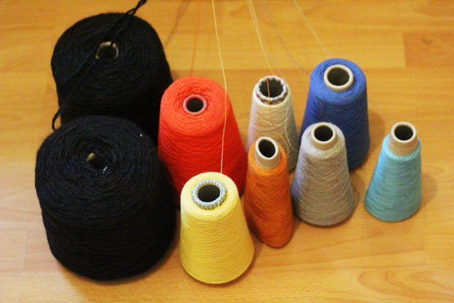 1a choosing yarn for a circle scarf