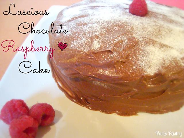 甜美的巧克力覆盆子蛋糕