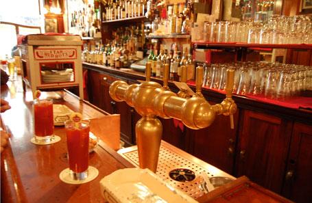 Detalle de un bar en Nueva York
