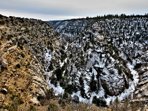 arizona usa snow monument landscape unitedstates canyon national flagstaff walnutcanyon 2012 canonpowershots100 riseofthephoenix