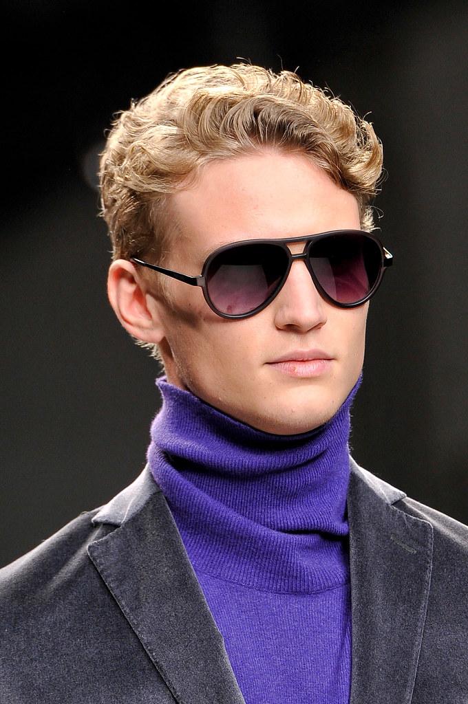 Alexander Johansson3531_FW13 Milan Enrico Coveri(fashionising.com)