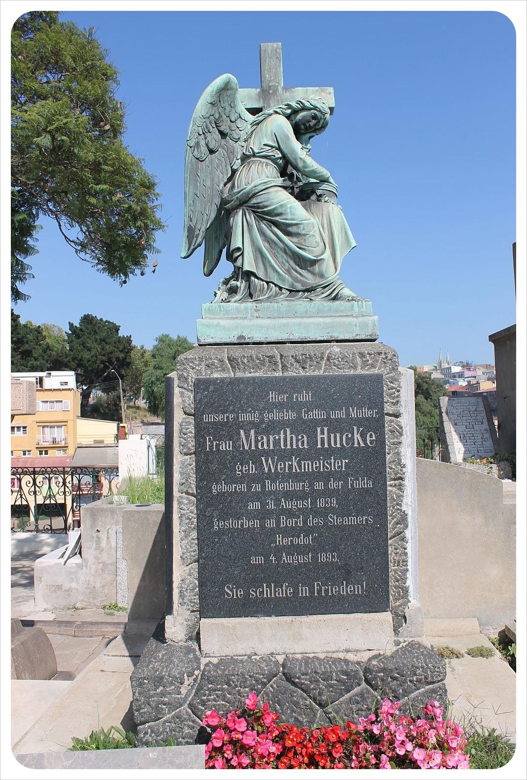 valparaiso cemetery german grave