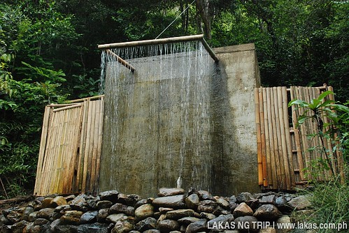 Shower at Lambingan Falls