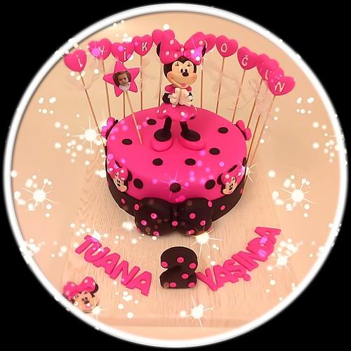 Haftanın Minnie Mouse'u... #minnie #minniemouse #minniemousecake #2ndbirthday #burcinbirdane